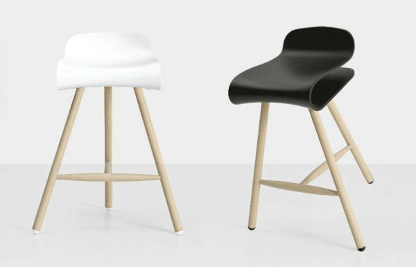 BCN stool by Room Design