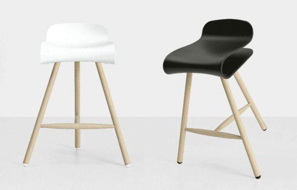 BCN stool by Room Design