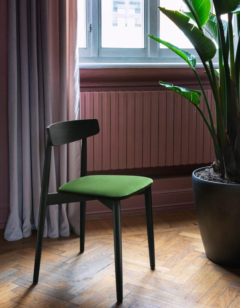 Claretta <h2>Our wooden chair</h2>